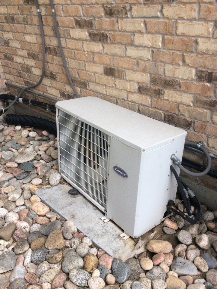 Lone Tree, CO - Replace capacitor and wash OD unit to restore cooling on Carrier air conditioner.