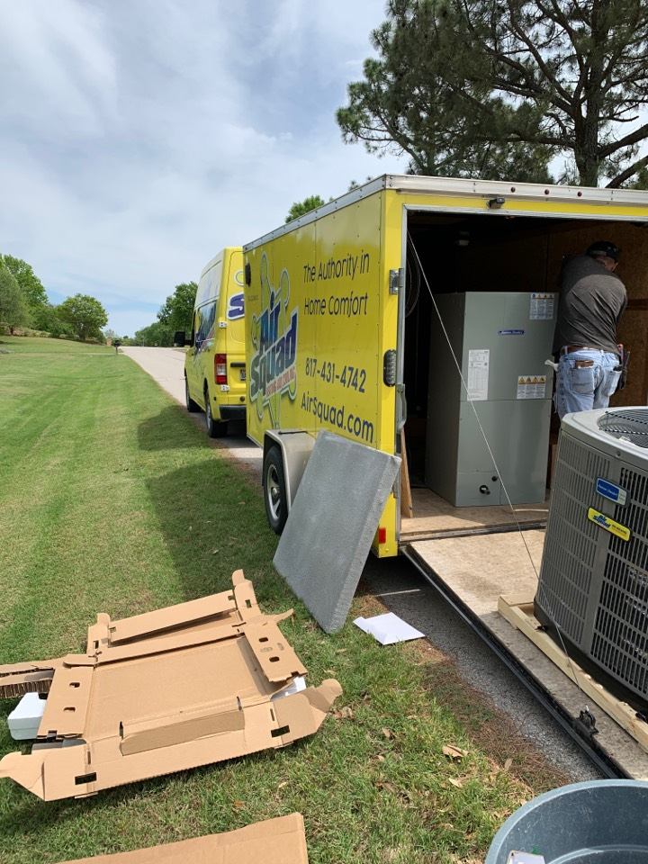 Keller, TX - Heat pump installed with Air Squad Excellence!