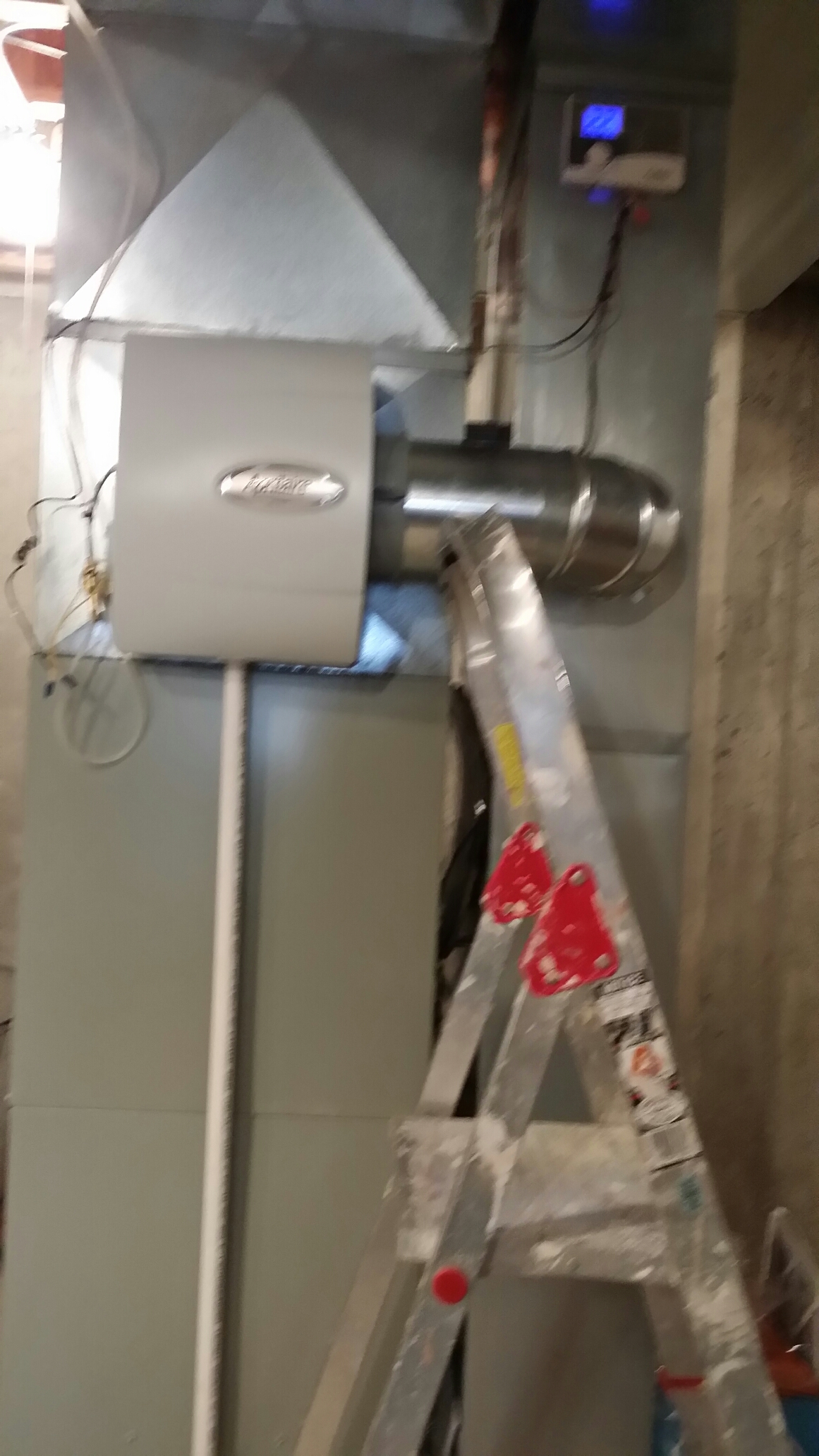 Antioch, IL - Furnace tune up for club members.  Installed new humidifier an flame sensor