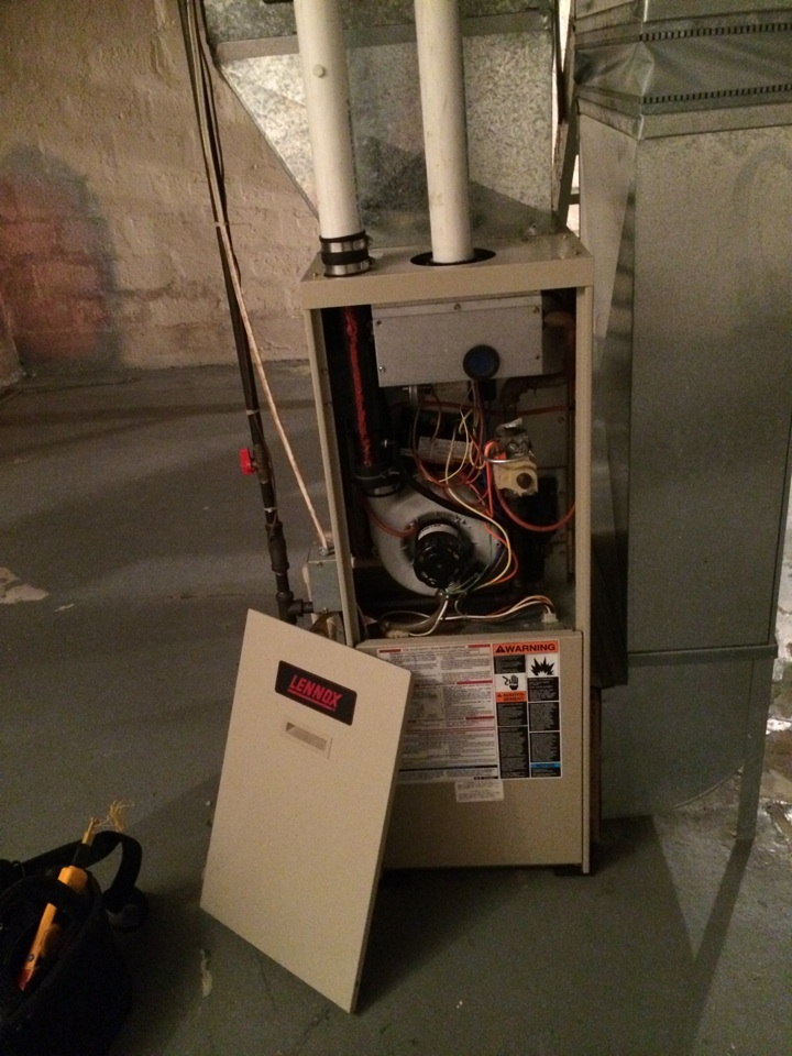 Sauk City, WI - Clean and tuned a Lennox single stage furnace. The furnace is running normally at this time.