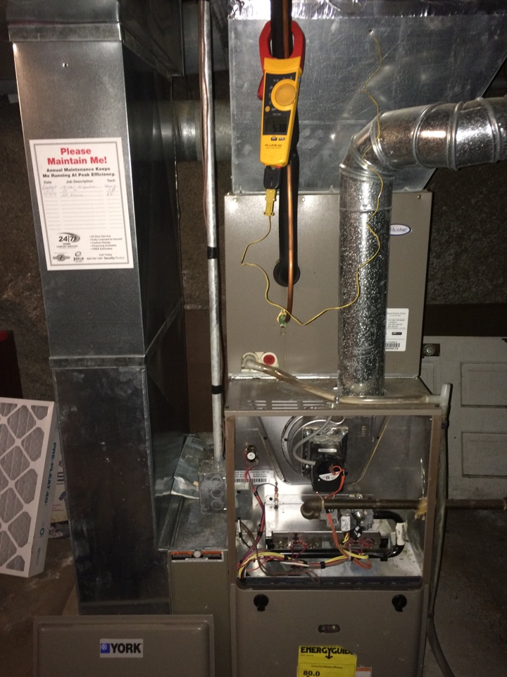 Hazel Green, WI - Clean and tune on a York air conditioning system.