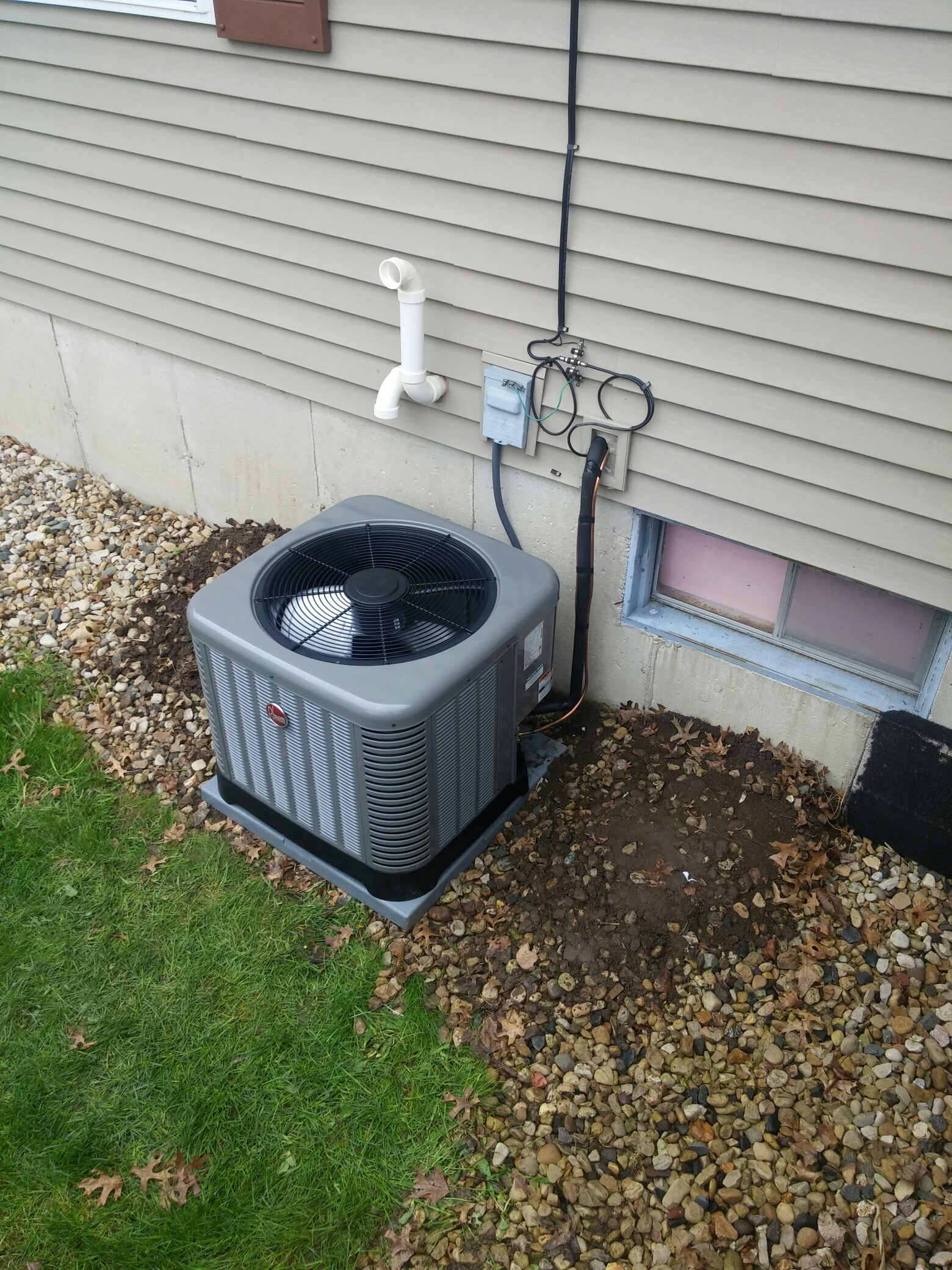 Oregon, WI - Install new air conditioning unit