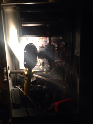 Waukegan, IL - Furnace cleaning for non club member. An cleaned humidifier and replaced water panel