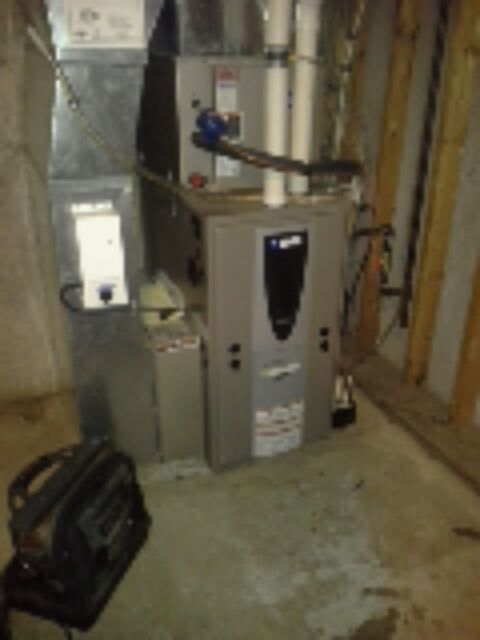 Williams Bay, WI - maintenance on a york furnace.  replaced drain pan under warranty.  found everything working well.