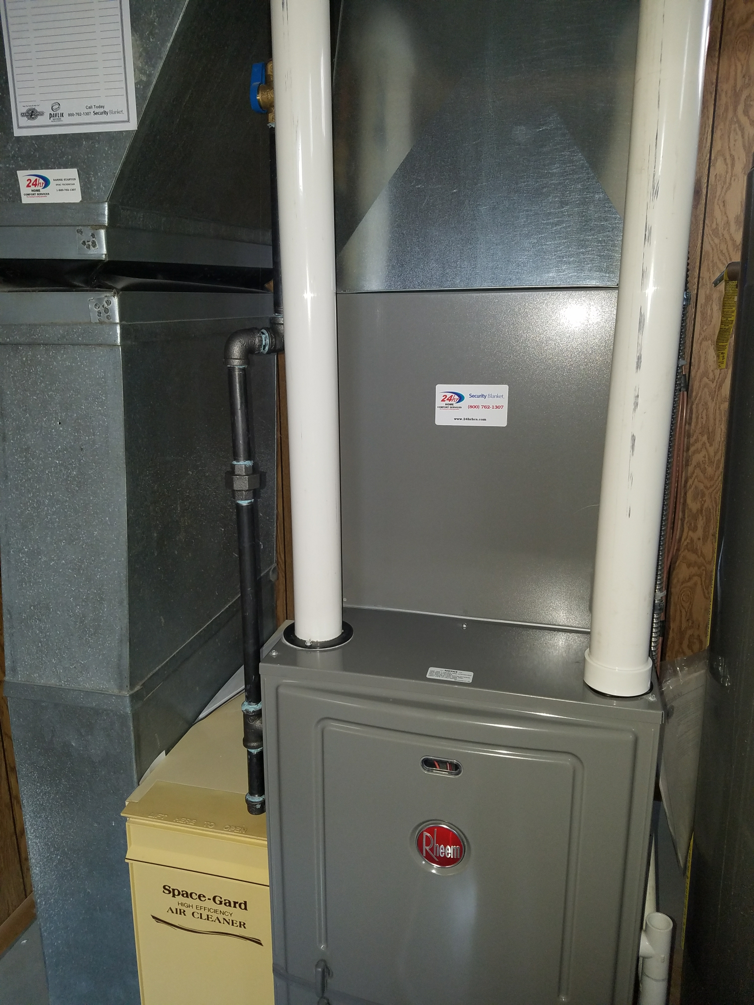 Beloit, WI - Maintenance on a Rheem furnace