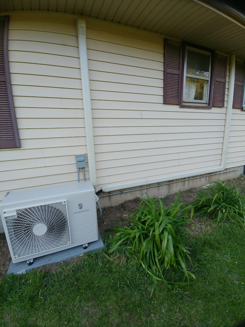 Harvard, IL - Install new mini split system