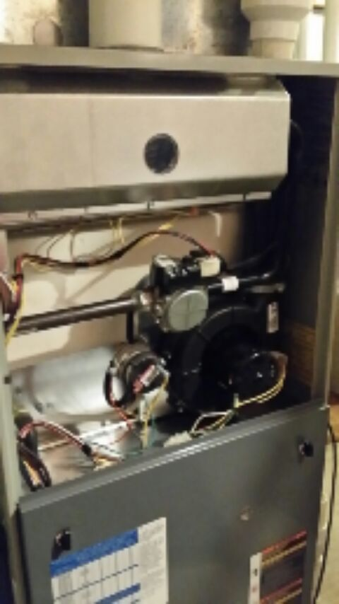 Sleepy Hollow, IL - furnace cleaning and humidifier with water panel.  Also cleaned heat pump.  replaced outdoor sensing bulb for IAQ thermostat under warranty.  for club members.