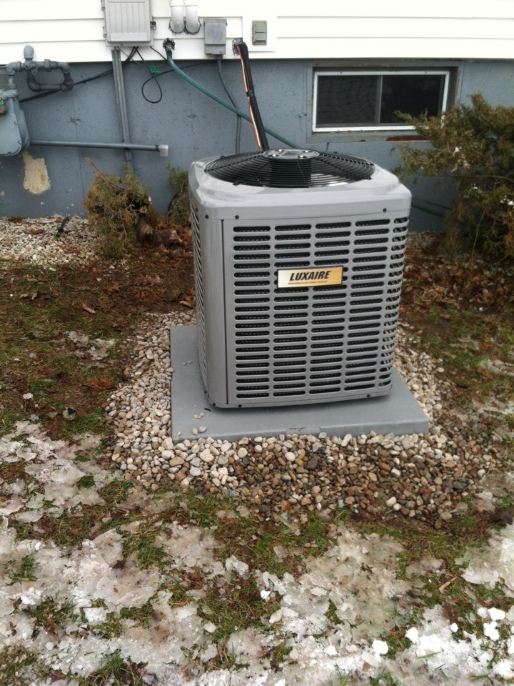 Poynette, WI - New furnace and AC