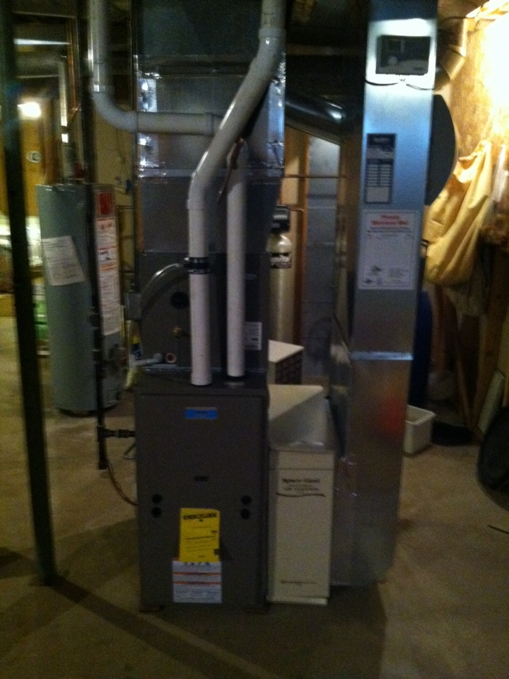 Mineral Point, WI - New furnace,AC, and Humidifier