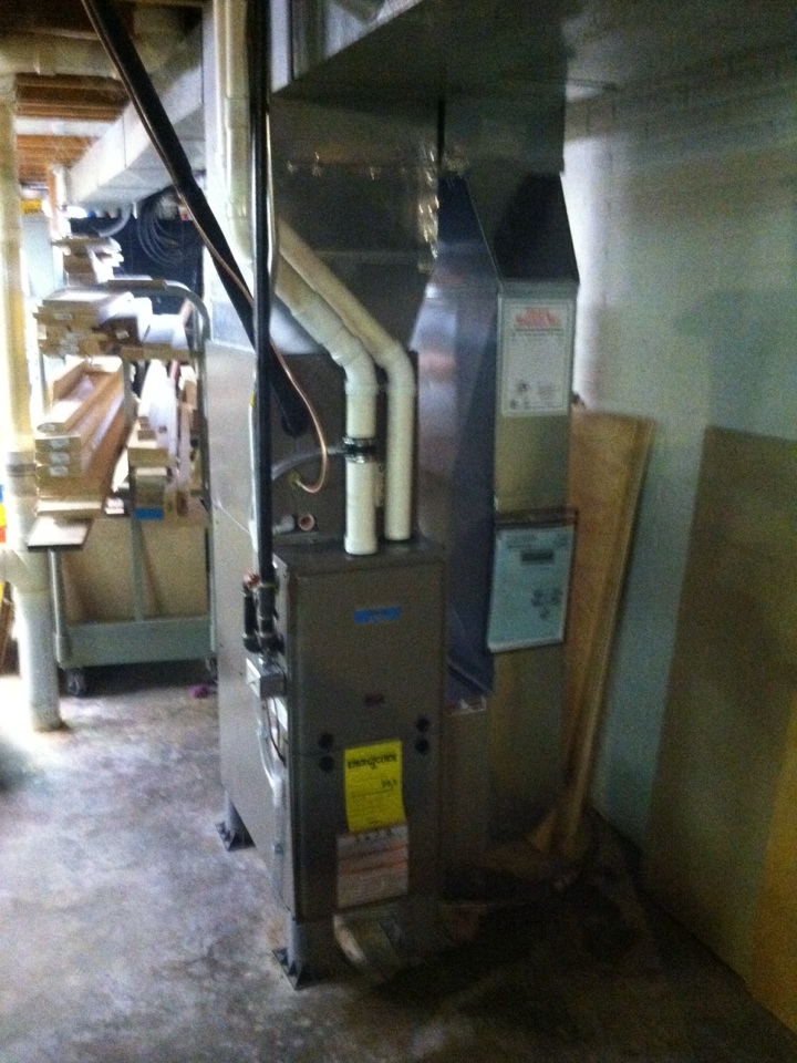 Monticello, WI - New furnace and AC