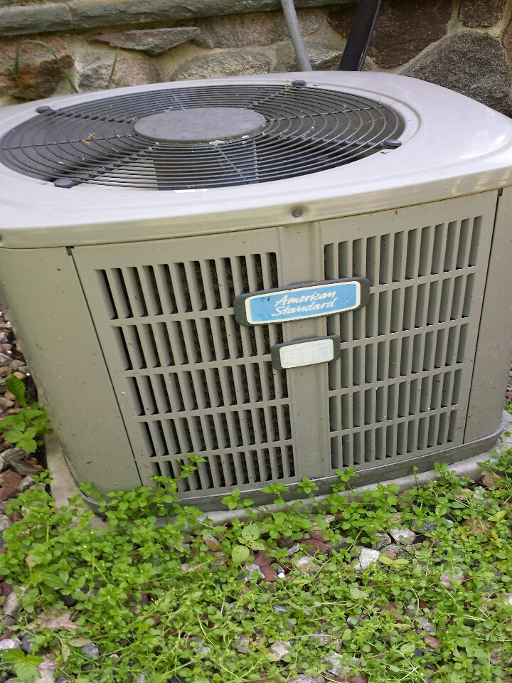 Harvard, IL - ac maintenance on air conditioner