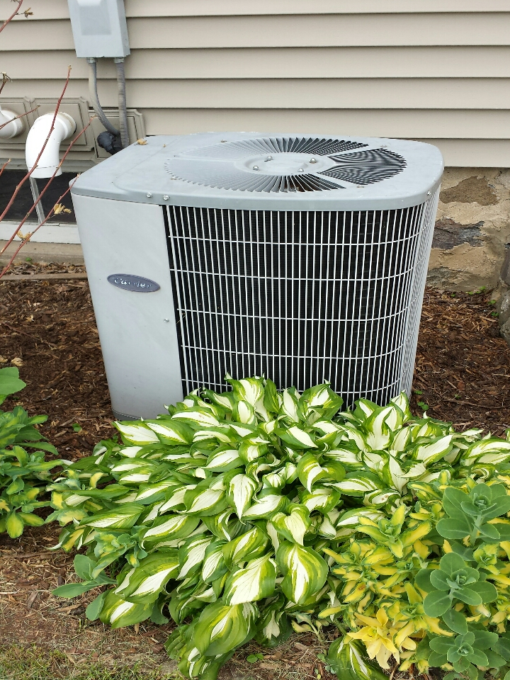 Jefferson, WI - ac maintenance on air conditioner