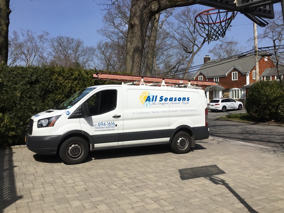 Roslyn Heights, NY - Performed a spring start up on a York split system in the town of East Hills