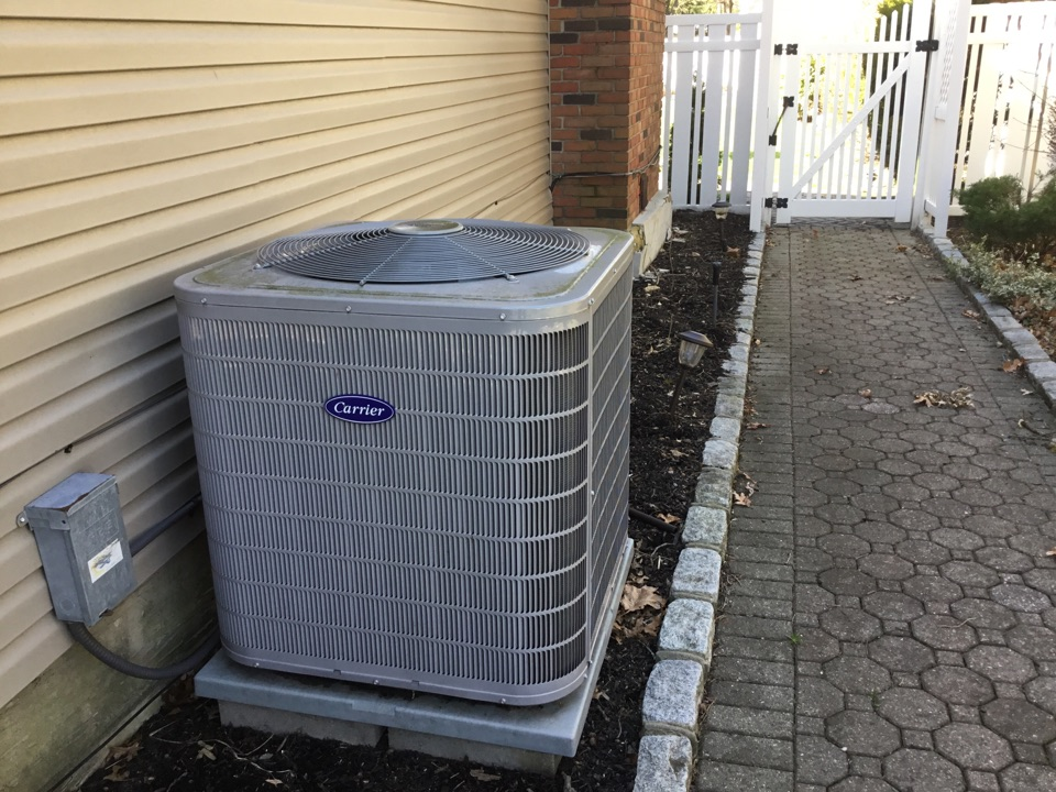 East Northport, NY - Performed a spring start up on a carrier split system and a Mitsubishi ductless split system in the town of East Northport