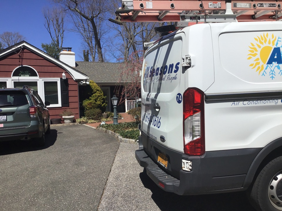 Halesite, NY - Air conditioning inspection one carrier system