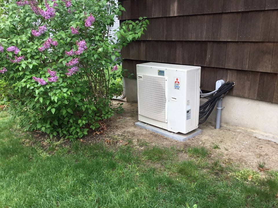 East Islip, NY - Performed a spring start up on a Mitsubishi ductless split system in the town of great River