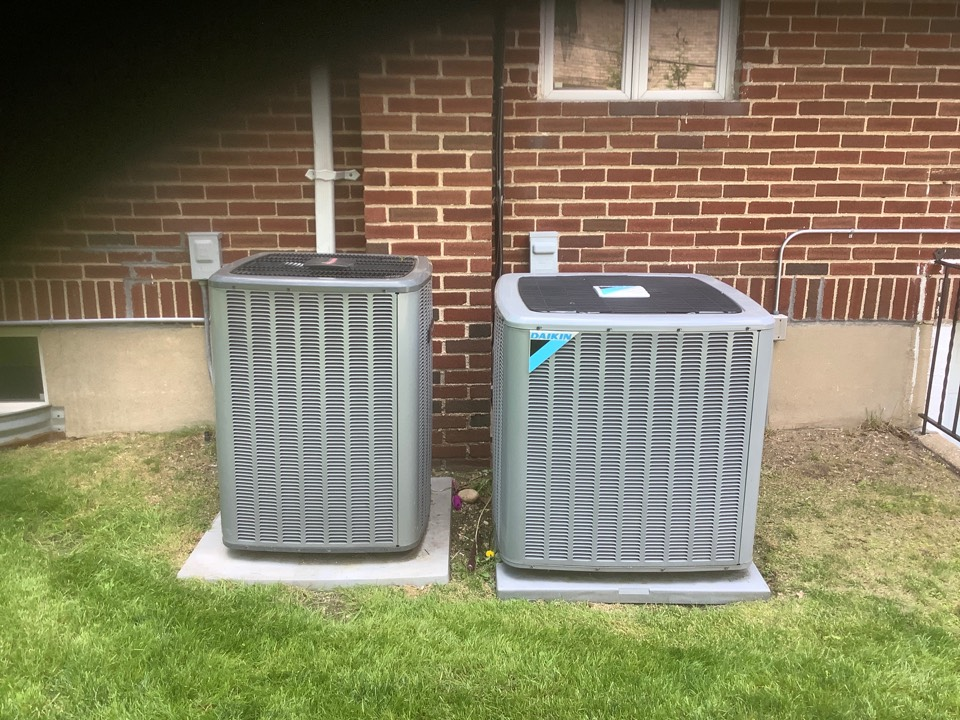 Lawrence, NY - Performed maintenance on one Daikin and one Amana split systems and one Daikin ductless system in Lawrence