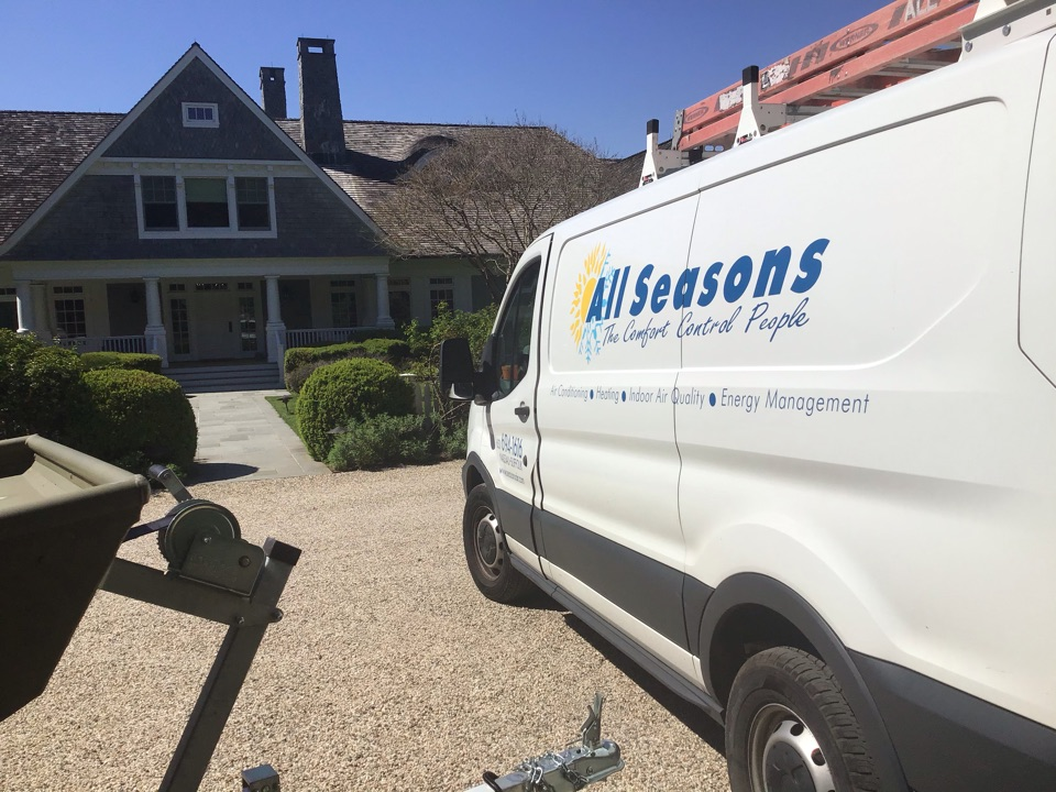 East Hampton, NY - Air conditioning inspection