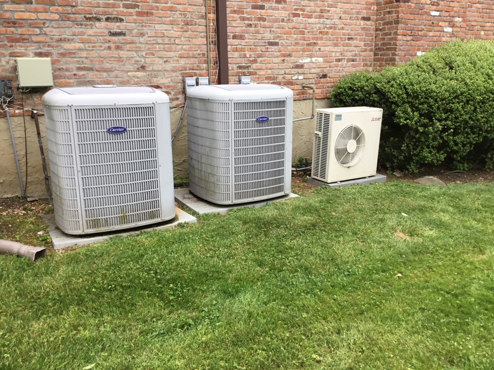 Syosset, NY - Performed a Spring maintenance on two carrier split systems and one Mitsubishi split system in the town of Syosset