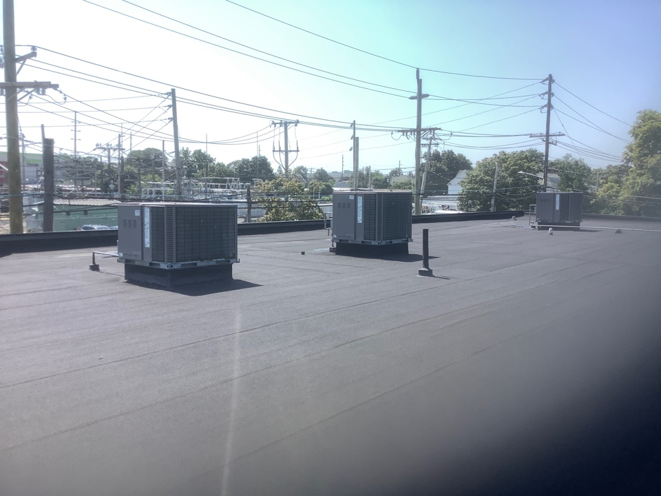 Hewlett, NY - Performed maintenance on three Coleman commercial rooftop units in Hewlet