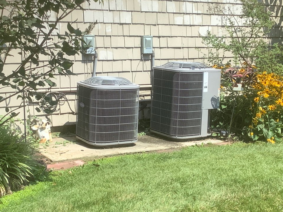 West Islip, NY - Repaired leak on refrigeration line on one Carrier heat pump in East Islip