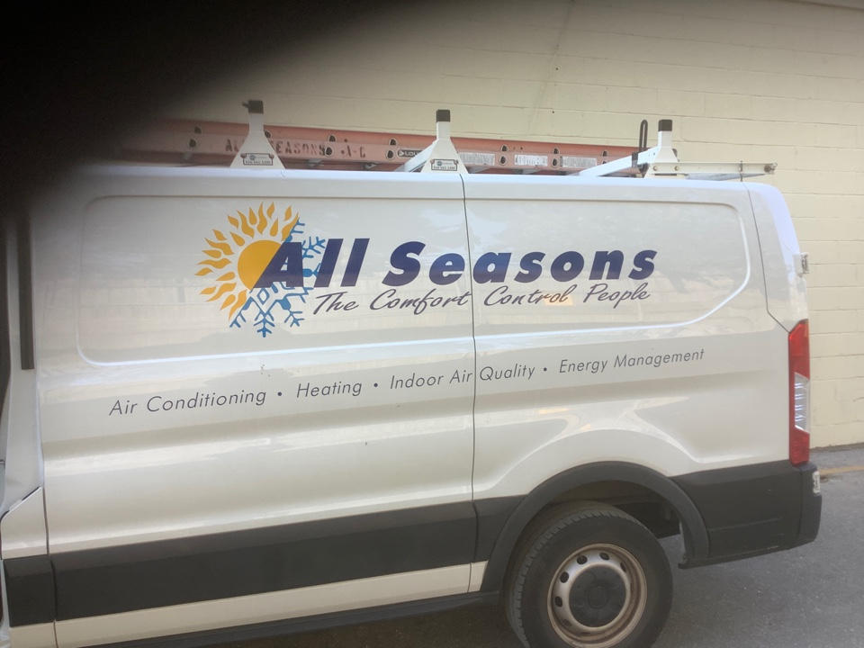 Valley Stream, NY - Performed maintenance on seven York commercial rooftop units in Valley Stream
