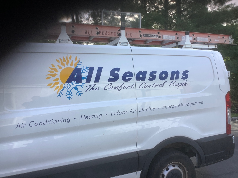 Woodbury, NY - Performed maintenance on one Carrier and one Lennox furnace in Woodbury