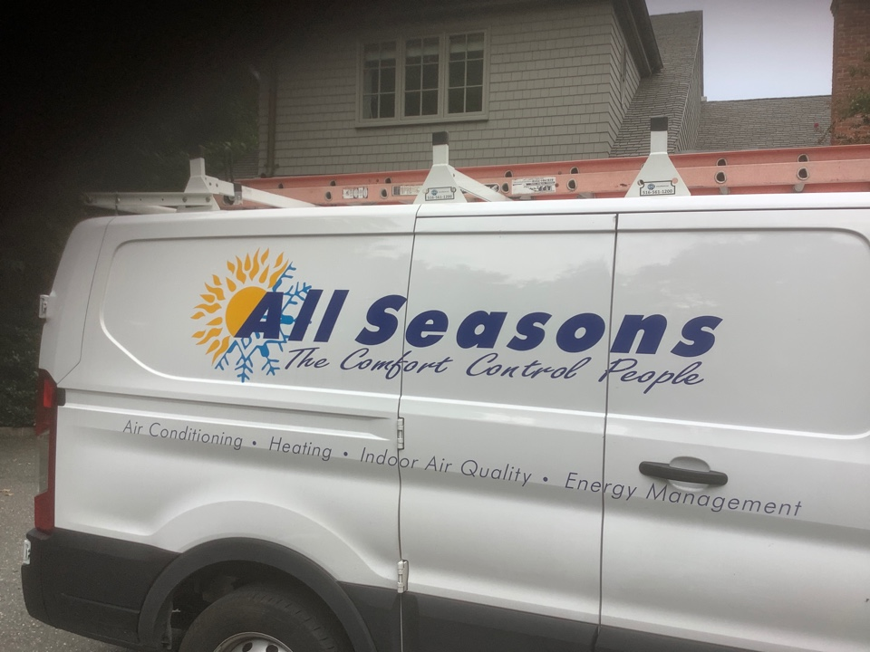 Sands Point, NY - Installed one new Honeywell T6 thermostat in Sands Point