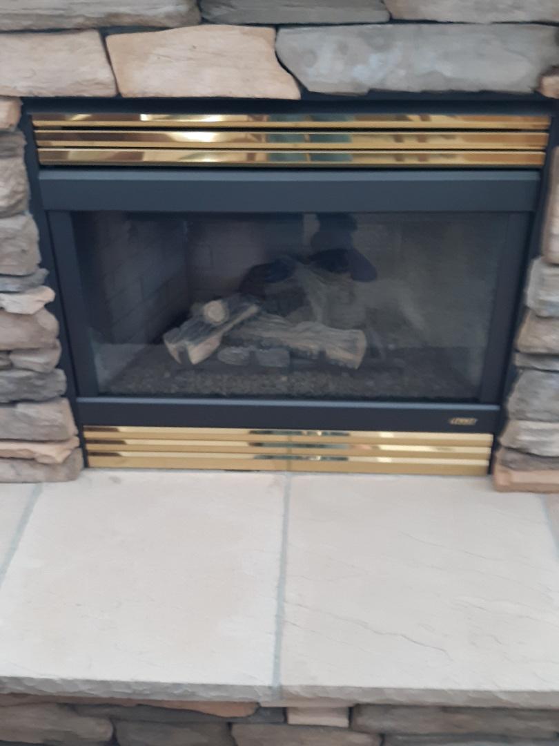 Colorado Springs, CO - Fireplace service call Lennox fireplace
