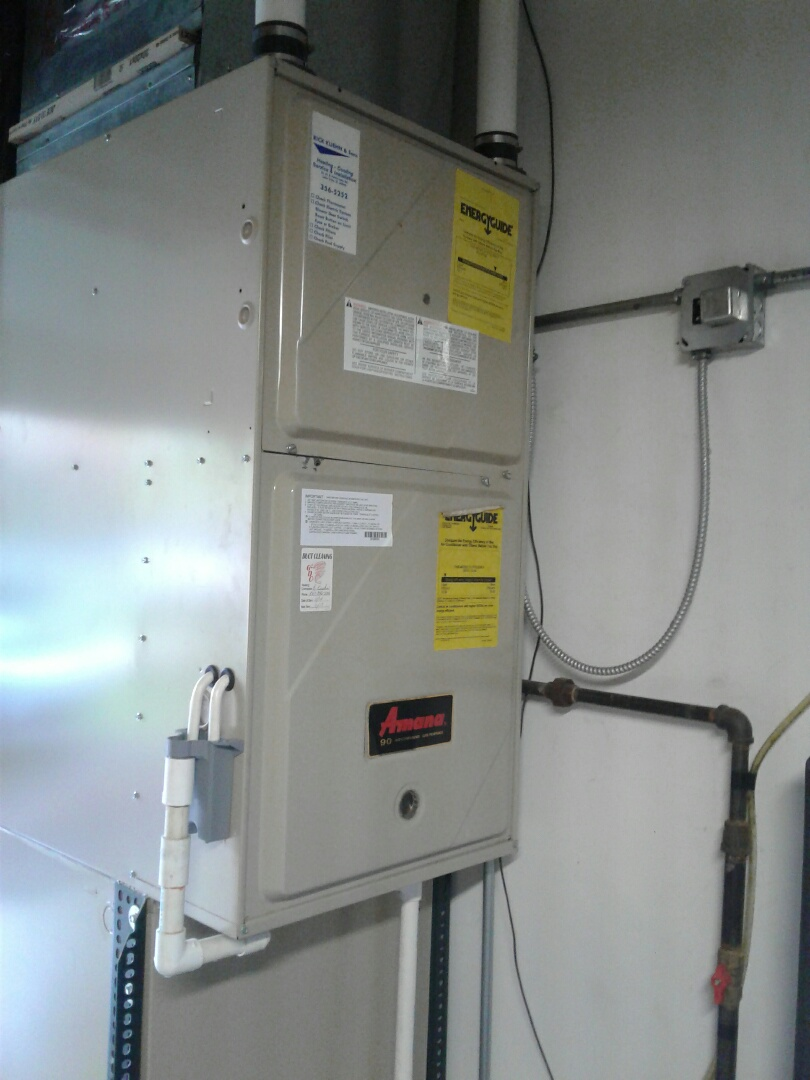 Mundelein, IL - Furnace inspection on Amana.