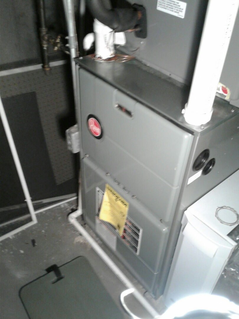 Mundelein, IL - Furnace inspection on rheem.