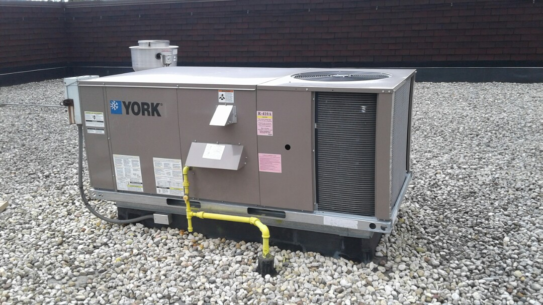 Gurnee, IL - Commercial Roof top Ac tune up