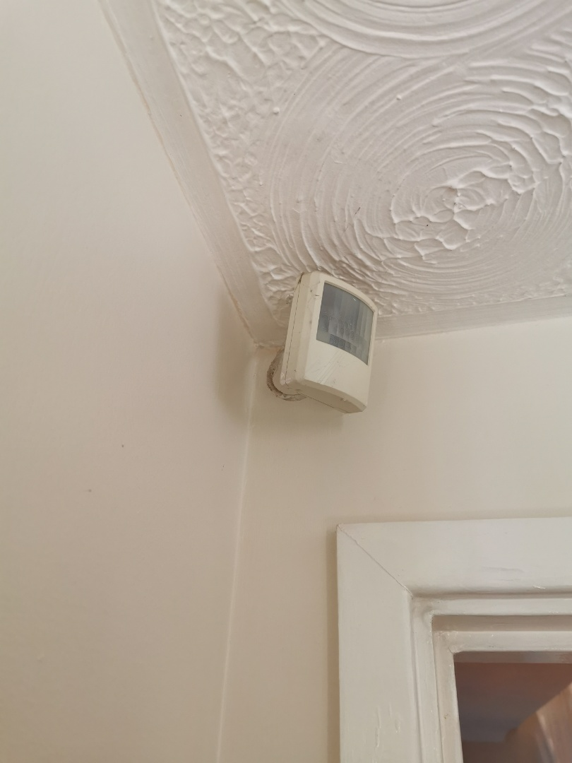 Coventry, West Midlands - Adding two pir motion detectors to a hkc 1070 alarm system