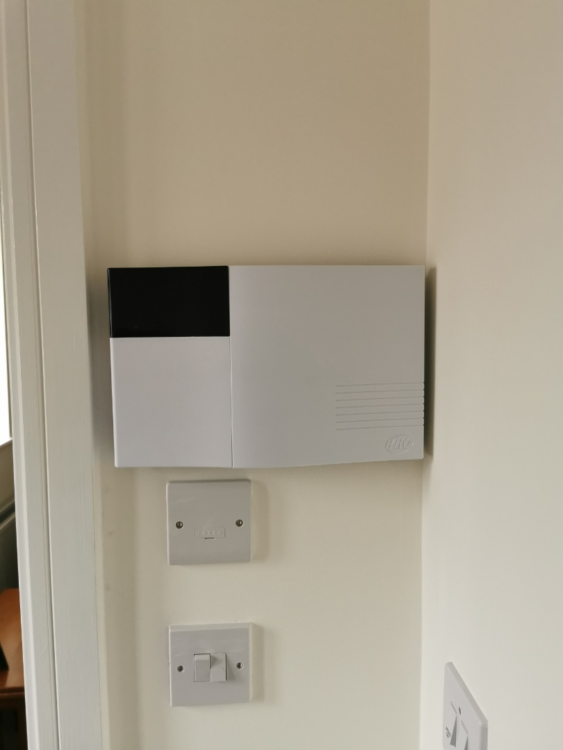 Lichfield, Staffordshire - Installing a new hkc quantum alarm system with shock sensors and connecting it to the wifi which will allow the customer to have full control of their alarm system from their mobile phone app.