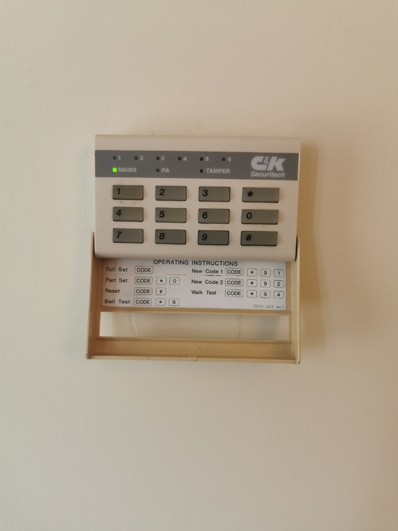 Sutton Coldfield, West Midlands - Service for a 800l alarm system