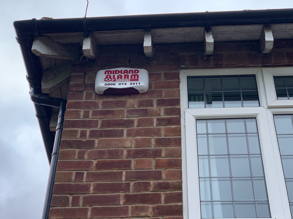 Kenilworth, Warwickshire - Battery change & service on wireless home alarm system in Kenilworth