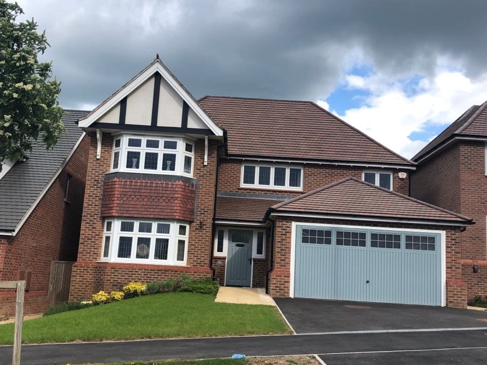 Quick visit to the Redrow site on the edge of Nuneaton to check out an issue with the alarm triggering for no reason. Should be a quick fix, just waiting to have a chat with Sales so I can investigate.