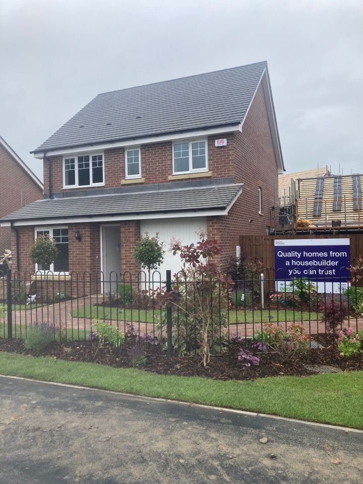 Stratford-upon-Avon, Warwickshire - Installed a wireless alarm in the show home at the Taylor Wimpey site Lockside Wharf