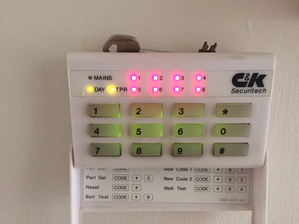 Service to Securit 800L alarm system in Dudley