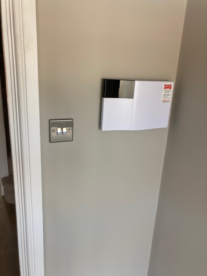 Leamington Spa, Warwickshire - New wireless HKC alarm system installed in the A C Lloyd show home