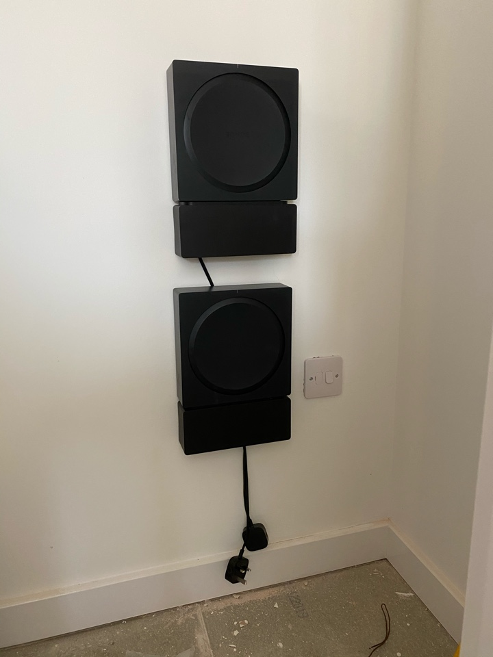 Banbury, Oxfordshire - Just finished a software update for Persimmon Homes in Banbury for their show home Sonos installation which had stopped working. They have a pair of Sonance speakers in the kitchen and the master bedroom connected to an Sonos Amp in a cupboard which is being controlled by an Amazon Fire Tablet with about 500 songs on a loop.