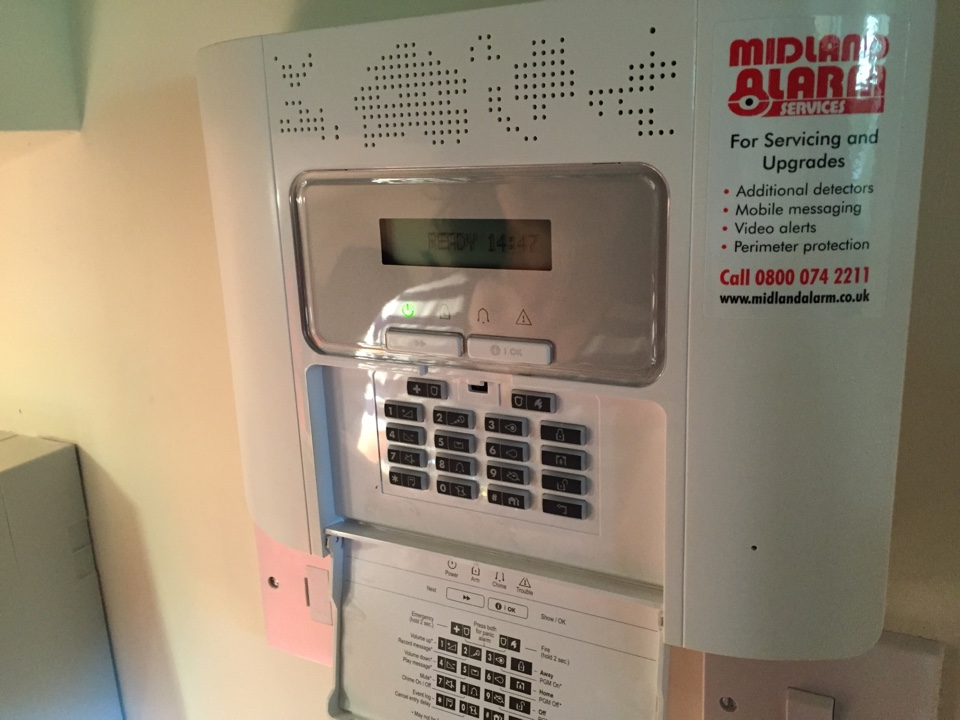 Moreton-in-Marsh, Gloucestershire - Commission wireless alarm system in Moreton in Marsh