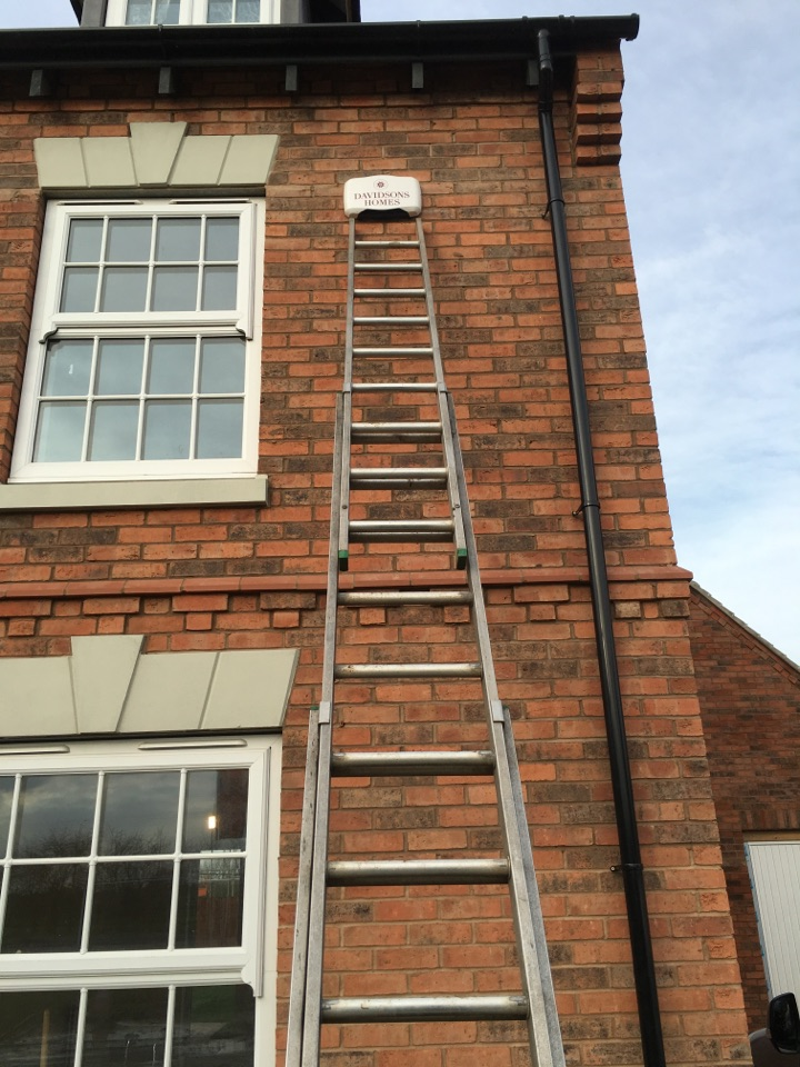 Coalville, Leicestershire - Davidson homes Hkc quantum wireless alarm install