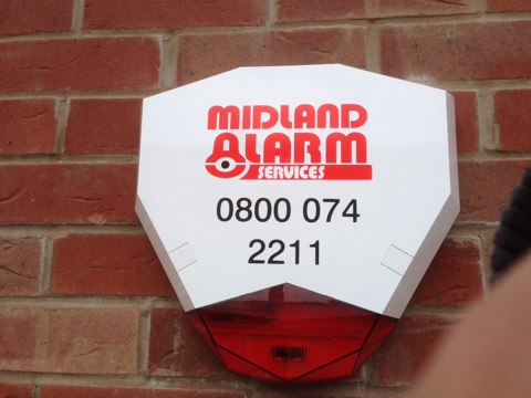 Installation of a Visonic Power Master 30 wireless alarm including the new style wireless bell box