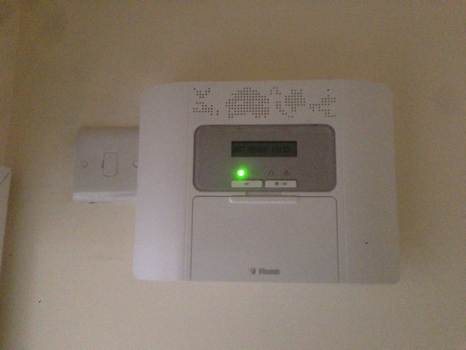 Installation of a Visonic Power Master 30 intruder alarm in a new house for Redrow Homes at Compton as well as a couple of demonstrations.