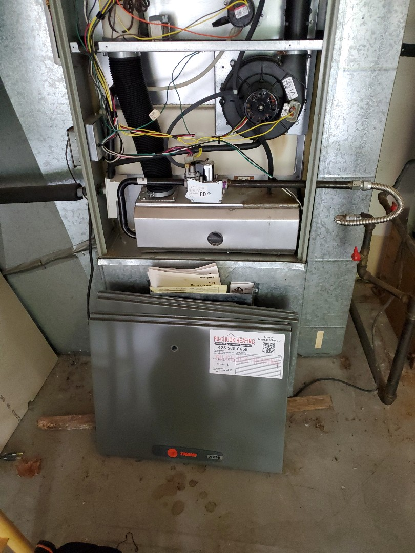 Issaquah, WA - Starting a service on a Trane high efficiency furnace for a great customer in Sammamish
