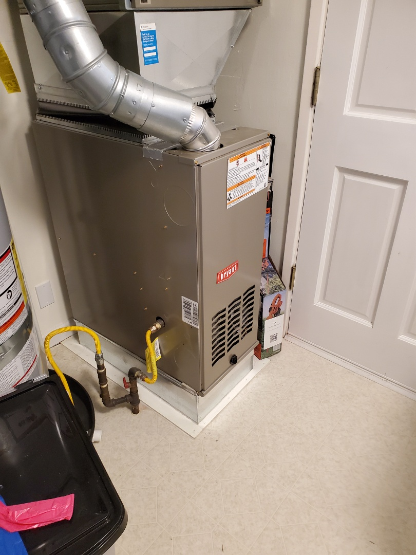 Seattle, WA - Finishing up a service on a Bryant furnace for a great New customer in the lake City area of Seattle
