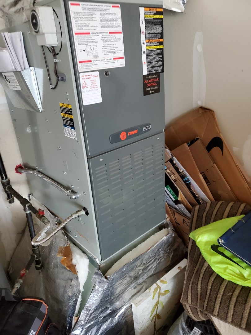 Des Moines, WA - Started a furnace service on a Trane system for a great customer in Des Moines.
