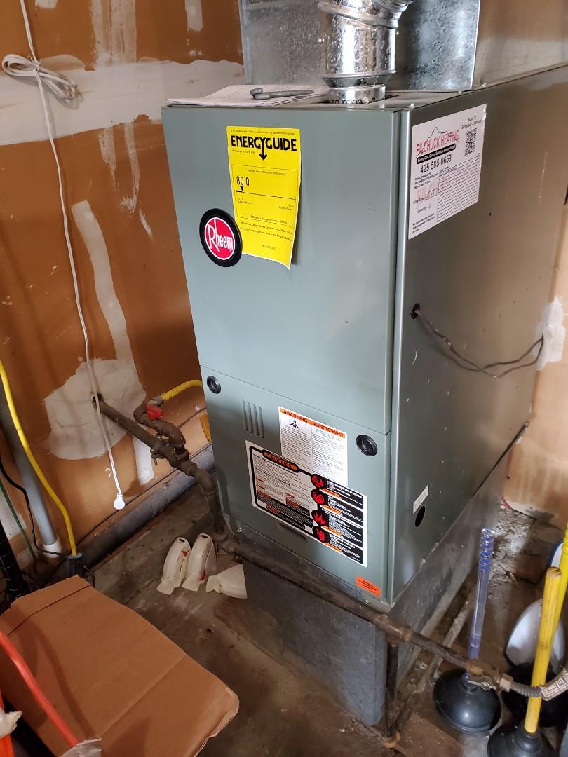Kirkland, WA - Starting a service on a Rheem furnace for a great customer in Kirkland