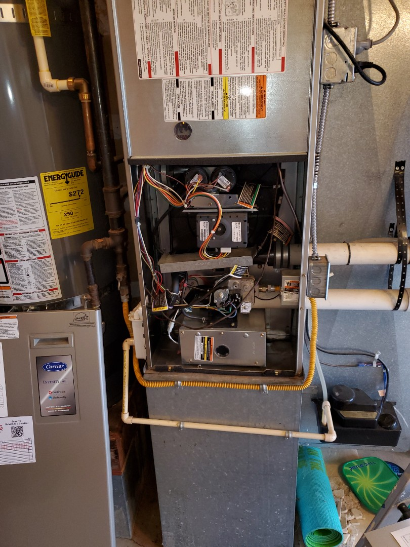 Newcastle, WA - Starting a service on a carrier high efficiency furnace for a great customer in Newcastle